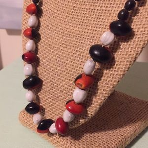 Jewelry - Seed necklace